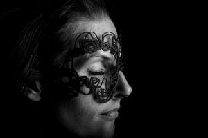Mask by Salventius and model Floor van Kollenburg with black background